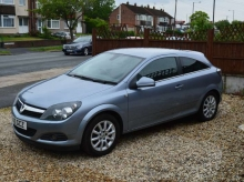 2010 Vauxhall Astra 1.6 i 16v Exclusiv Sport Hatch 3dr PETROL MANUAL